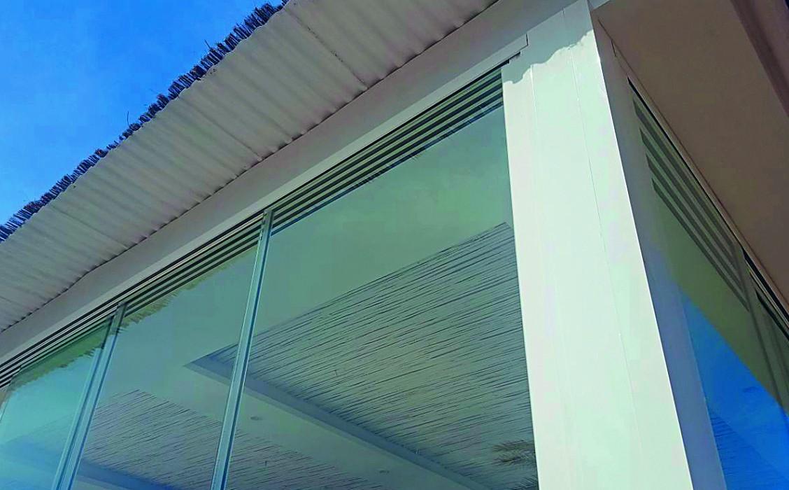 corredera de cristal correderas sistemas de aluminio para la construccion alumed restaurante 1