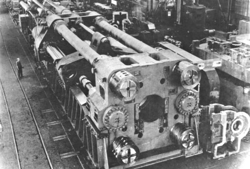 historia de la extrusión de aluminio sistemas alumed alicante carpintería metálica prensa