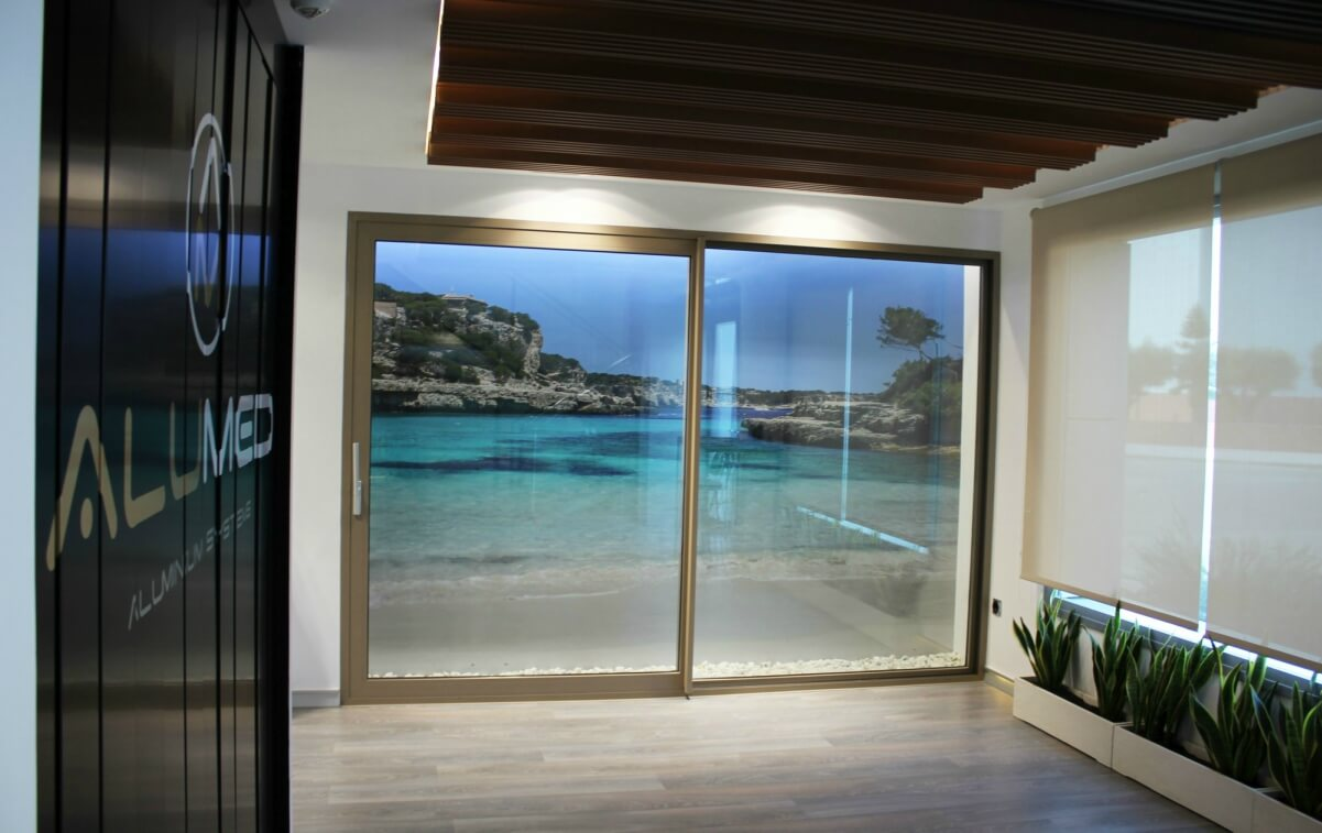 sistemas de aluminio para la construccion alumed aluminium systems alicante showroom 3 ventana