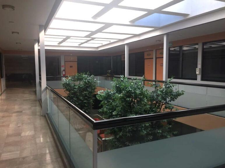 hospital costa de marfil ventana abisagrada proyecto sistemas de aluminio para la construccion alumed aluminium systems alicante 5